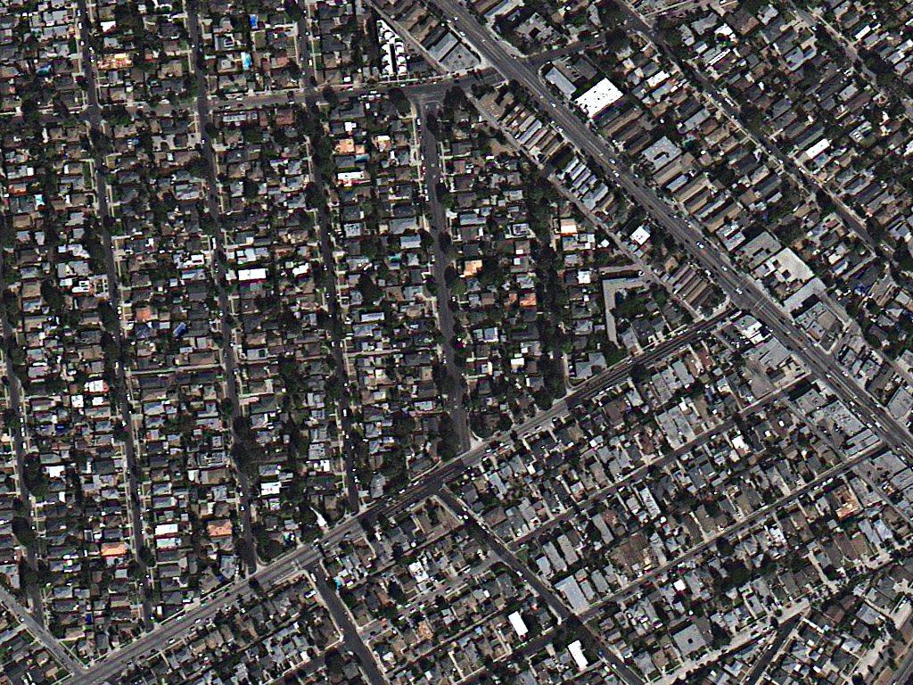 تصاویر TripleSat با رزولوشن 80 سانتی متری، لس آنجلس